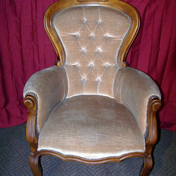 Would this be considered a Victorian chair and any idea of its age?