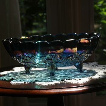 Carnival Glass:  Large Bowl With Fruit Motive - Glassware