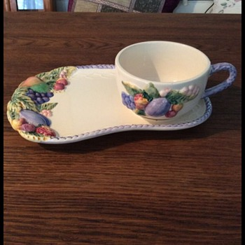 Mug and sandwich plate - China and Dinnerware