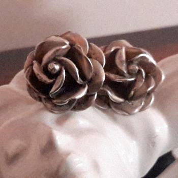 Silver flower earrings - Sterling Silver
