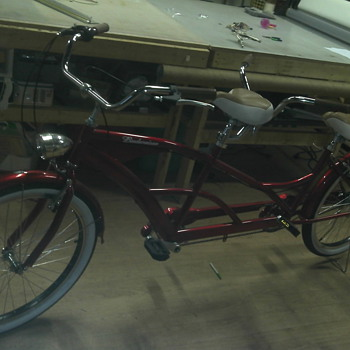 A 2010 ONE OF A KIND TANDEM BUDWEISER BIKE - Sporting Goods