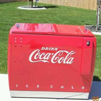Coke Chest Cooler Post War ( Westinghouse WD-10) - Coca-Cola