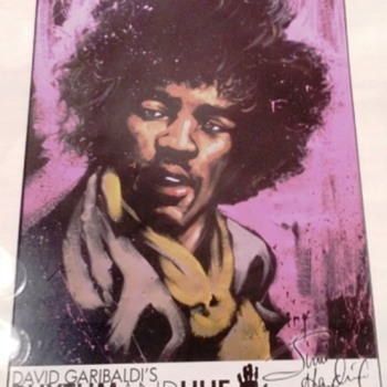 AUTHOGRAPHED PORTRAIT OF JIMMY HENDRIX - Music