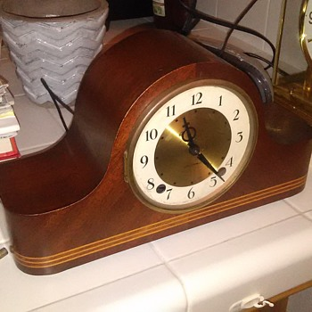 Seth Thomas small mantle clock