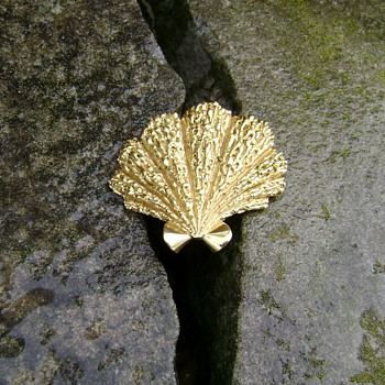 Vintage Trifari Brooch - Seashell - Costume Jewelry