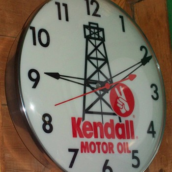Kendall clock - Petroliana