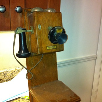 Help with old phone ID - Telephones