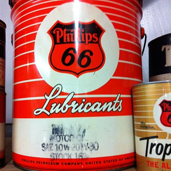 1956 5 gallon Phillips 66