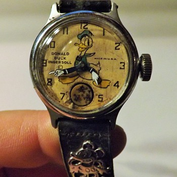 "The ""Before"" Shots.... 1935 Ingersoll Donald Duck Wrist Watch - Wristwatches"