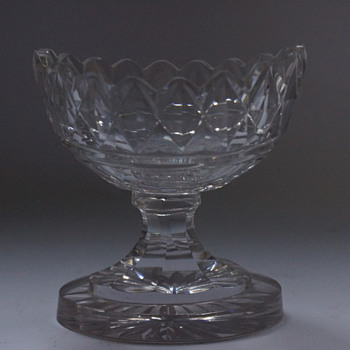 Pedestal Salt Boat - Glassware