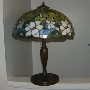 Old bronze lamp with mosaic shade Handel?