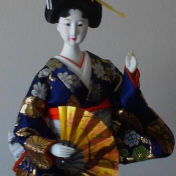 Yamaha Kyugetsu fan dancer - Dolls