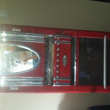 DeGrunier cigarette machine