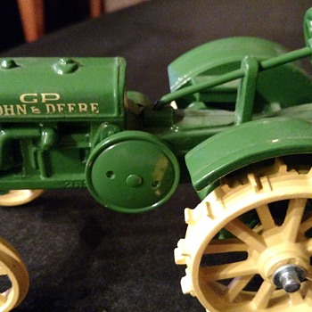 Please help me with any and all info on this item. How rare?? - Tractors