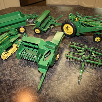 John Deere Vintage Toy Question
