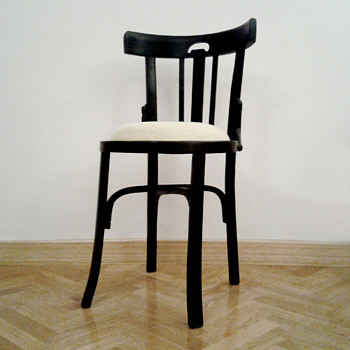 Chair no. 28, viuda de M. Mocholí (Valencia. Spain, ca. 1930).