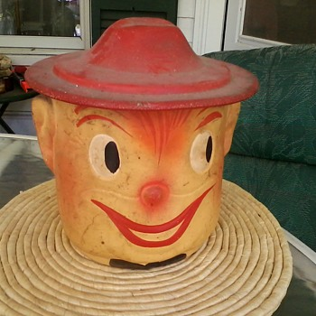 old Clown w/ Hat Lid