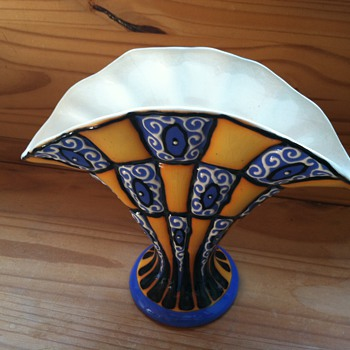A glass collector's pottery exception. - Art Pottery