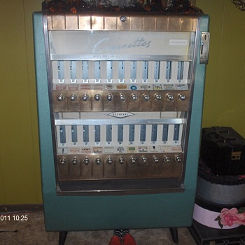 national cigarette machine - Coin Operated