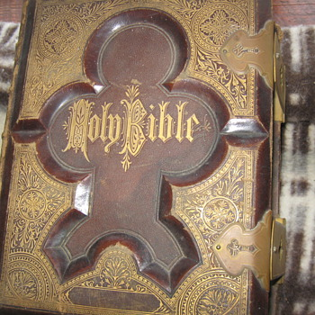 1876 Bible....... - Books