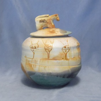 "Native American Jar - Signed with what looks like a composition of ""K and S"" - Native American"