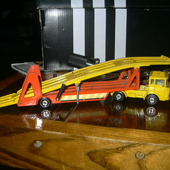 my cool old car transporter