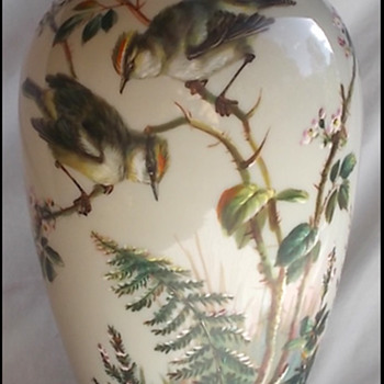 BIG BOHEMIAN BIRD VASE -  HARRACH ?  MÜHLHAUS ?