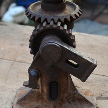Model A or T Jack, maybe? - Tools and Hardware