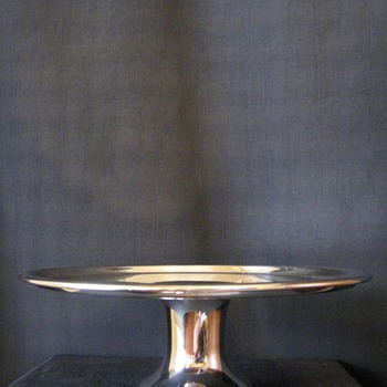 RALPH LAUREN SILVER PLATED CAKE STAND