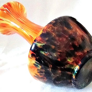 Another Rückl Shape Vase In The Orange Shimmy Pfau Decor - Art Glass