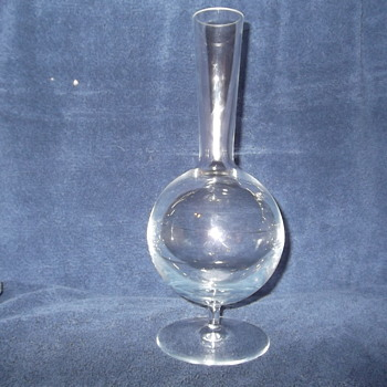 Vera Wang Wedgewood Stiletto pattern open decanter - Art Glass