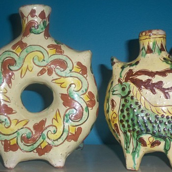 2 VINTAGE CLAY ART POTTERY VASES ITALY OR MEXICO? - Art Pottery