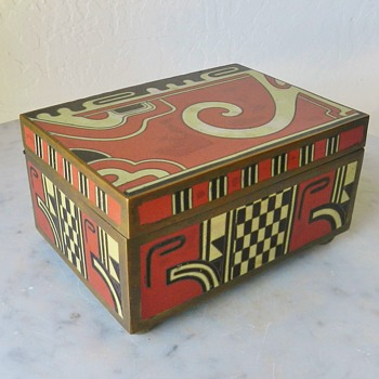 *BIZARRE* Art Deco Chinese Cloisone Box - Asian