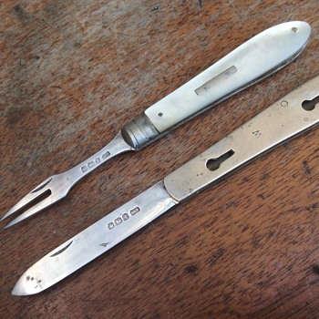 Solid Silver MOP folding Fruit Knive & Fork 1915 William Needham