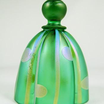 """Kralik Glass """"Streifen und Flecken"""" Bell ca. 1900"""