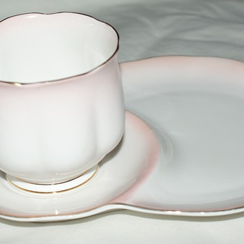 Pretty in Pink:  Royal Albert Bone China, England, Rainbow