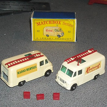 Matchbox 62b Commer TV Service Van - Model Cars