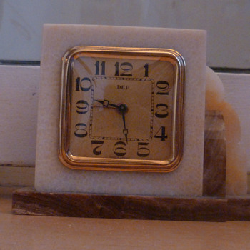 Antique DEP marble Art Deco 1930's French mantle clock. - Clocks