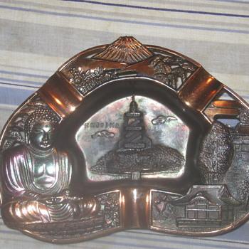 Bronze Kamakura Buddha Ashstray
