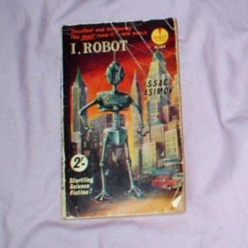 "I Robot  ..""ISSAC""  Asimov - Books"