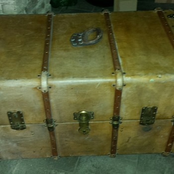 """Au Depart"" Trunk (Paris circa 1925) - Furniture"