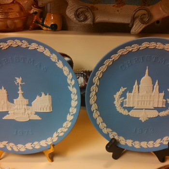 Wedgwood Christmas Plates-1971&1972 - China and Dinnerware