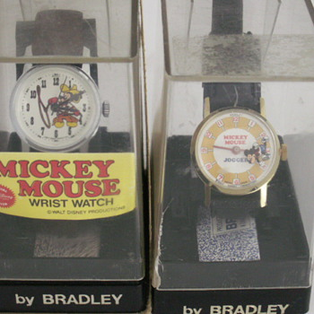Western Mickey &amp; Jogger Mickey - Wristwatches