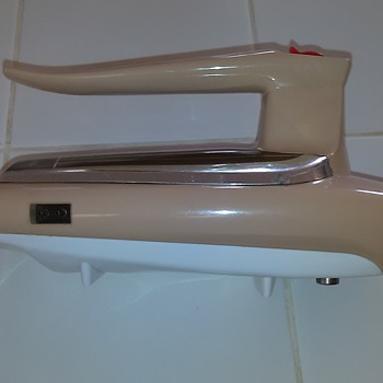 Uber cool mixer from 1965 that looks like the Enterprise - Mid-Century Modern