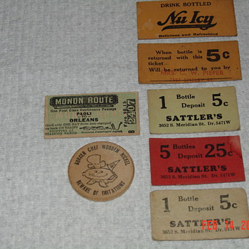 Paper Collectibles & Burger Chef Wooden Nickel - Advertising