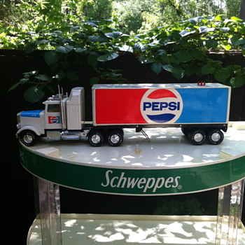 Nylint Pepsi tractor trailer toy. - Model Cars