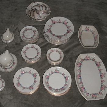 family china - China and Dinnerware