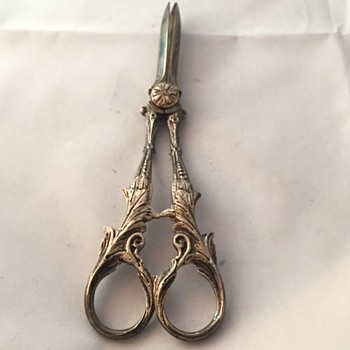 Victorian Grape Scissors