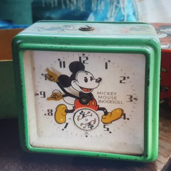 1935/36 English Mickey Mouse clock - Toys