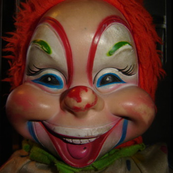 Help me I.D. this scary clown - Toys